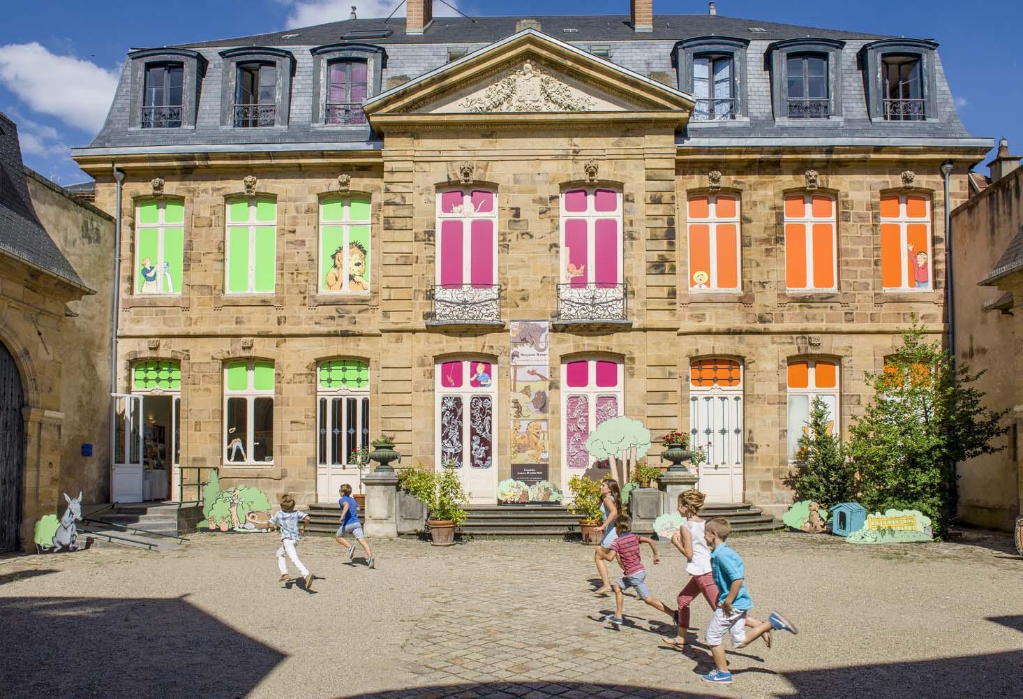 """Résultat de recherche d'images pour """"Musée de l'illustration et de la jeunesse moulin"""""""