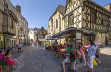 Montluçon ville médiévale d'Allier © L. Olivier