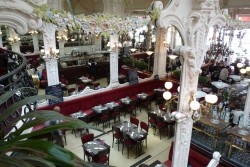 Le Grand Café de Moulins © CDT Allier