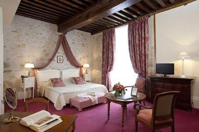 Hôtel 3 étoiles © Hôtel Montespan-Talleyrand - Bourbon-l'Archambault