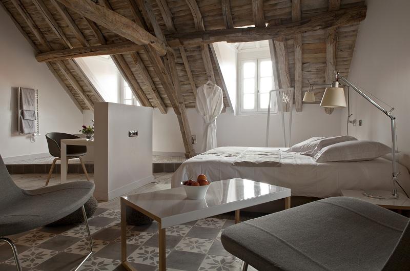 chambre d 39 h te 4 ou 5 pis. Black Bedroom Furniture Sets. Home Design Ideas