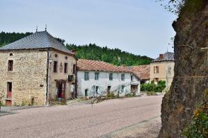 Bourg d'Arronnes, Allier © Thierry Convers
