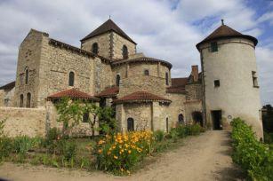 Bénedictines de Chantelle - Patrimoine Allier © Editions Wadoo®73450 Valloire