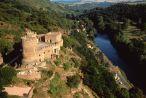 Gorges de la sioule & le chateau de Chouvigny - Allier © F.Lechenet