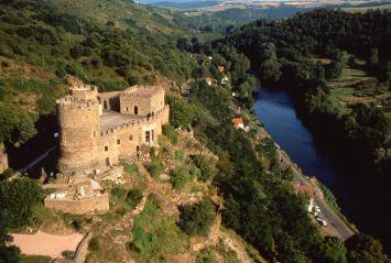 Gorges de la sioule & le chateau de Chouvigny - Allier © F. Lechenet