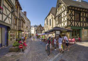 Vieille ville de Montluçon © Luc OLIVIER / CDT 03