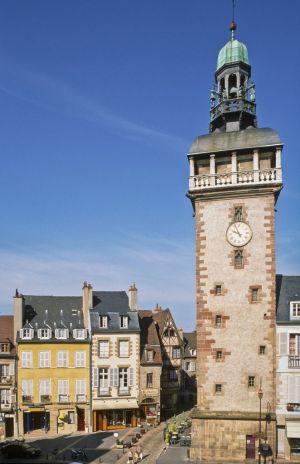 Vue sur le Jacquemart de Moulins © Luc OLIVIER / CDT03