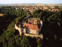 Abbaye de Chantelle : Site touristique bourbon © Franck Lechenet